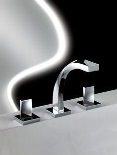 """Spira   M-1003, Mezcladora para lavabo de 8"""" y 12"""" con desagüe de push. Incluye manerales. Presión hidráulica requerida 0.6 kg/ cm2."""