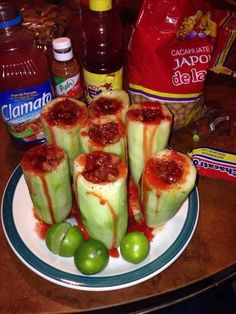 *Cucumber shots* Clamato juice Peanuts Tajin Chamoy Red Habanera sauce Lemon One word AMAZING! Mexican Snacks, Mexican Dishes, Mexican Food Recipes, Snack Recipes, Cooking Recipes, Healthy Recipes, Mexican Candy, Mexican Fruit Cups, Mexican Desserts