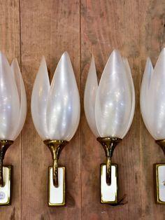 Set of four tulip-shaped Liane Rougier wall sconces