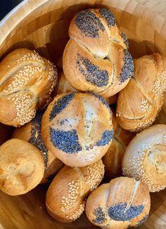 Bread Rolls, Light Recipes, Bagel, Nutella, Muffin, Cooking Recipes, Sweets, Vegan, Breakfast
