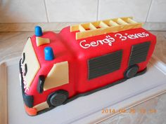 Man Birthday, Birthday Cakes, Cake Decorating, Decorating Ideas, Sweet, Baby, Cup Cakes, 3, Party