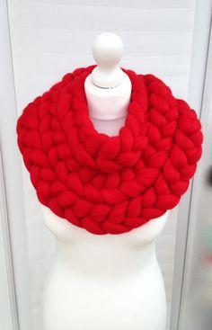 Chunky bulky scarf, crochet knit scarves, Super chunky bulky scarfs, Knitted cowl, knitting, extreme knitting Merino, chunky yarn,