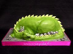 Dragon cake by Crazy Cake - Cakedesigner57, via Flickr