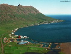A fishing town of around 1500 people in East Iceland, Neskaupstadur is the largest municipality of Fjardabyggd and has a strong fishing industry, an interesting museum and hosts two popular annual festivals!