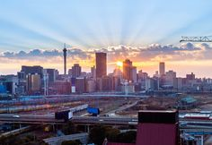City Sightseeing launches new route to Joburg's leafy suburbs Johannesburg Skyline, Main Image, Concrete Jungle, Urban Planning, San Francisco Skyline, Places To Travel, South Africa, Landscape Photography, Images