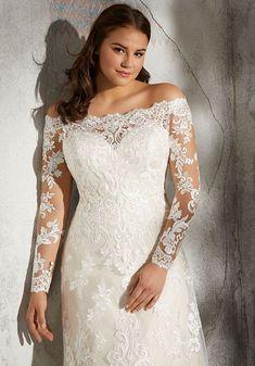 Plus Wedding Dresses, Western Wedding Dresses, Long Sleeve Wedding, Wedding Dress Sleeves, Princess Wedding Dresses, Plus Size Wedding, Wedding Dress Styles, Designer Wedding Dresses, Bridal Dresses