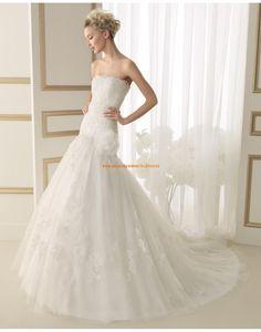 Wunderschöne Princess-stil Brautkleider aus Softnetz mit Applikation 151 ESCOCIA | luna novias 2014