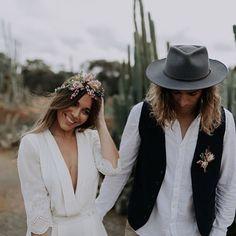 When @elisehameau designs turn wild ✨ #bohobride #wildbride #junegown #bridestobe2018