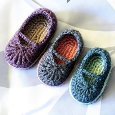 I have a crochet bootie obsession. Love the simple look of these adorable booties! I think I will change the color up seems on how the design is so simple...maybe something crazy like...lime green?
