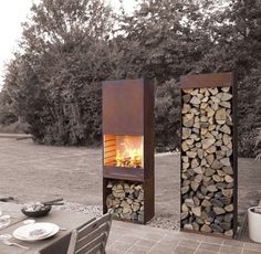 by François Royen by TOLE the outdoor living experienceArchiExpo TOLE Garden Fire & Barbeque – Corten steel outdoor fireplace and firewood storage Outdoor Spaces, Outdoor Living, Outdoor Decor, Outdoor Photos, Corten Steel, Outdoor Projects, Garden Inspiration, Exterior Design, Outdoor Gardens