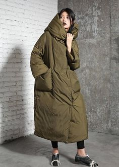 Womens Winter Loose Fitting Warm Hooded Down Coat Parka With Pockets, Womans Casual Down Coat, Casual Down Jacket, Long Down Winter Jackets Women, Coats For Women, Look Fashion, Winter Fashion, Sporty Fashion, Ski Fashion, Fashion Women, Long Down Coat, White Ducks