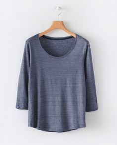 Poetry Fashion - Hemp and cotton jersey top Linen Tshirts, Warm Grey, Couture, Casual Tops, Lounge Wear, Organic Cotton, What To Wear, Cool Outfits, Scoop Neck