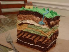 It was originally pinned as a geology cake but it could so easily be an archaeology cake as well. I would have to be highly motivated though
