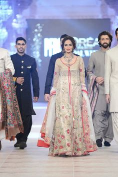 plbw_oct_2014_day_2_zara_shahjahan_027