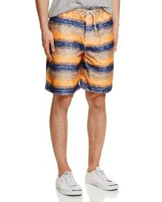 JUNYA WATANABE Gradient Stripe Shorts. #junyawatanabe #cloth #shorts