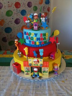 Handy Manny Cake by RomysCoutureCakes, via Flickr    Ohhh Braedan would love this next year