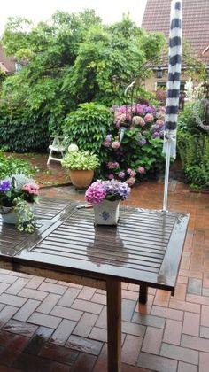 Ideal Der Garten bei Regen