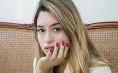 Manicure con esmaltado tradicional.