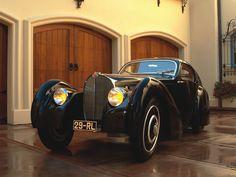1931 Bugatti Type 51 Coupe, what a way to start the day! Vintage Cars, Antique Cars, Bugatti Cars, Bugatti Veyron, Lamborghini, Ferrari, Sport Cars, Luxury Cars, Cool Cars