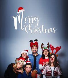 El equipo de Villarrazo 🌟 (sin representación al completo) os desea una #Navidad mágica 🎄 y un próspero año 2017 repleto de #ilusiones y sueños cumplidos. 🎈 ¡Felices fiestas!