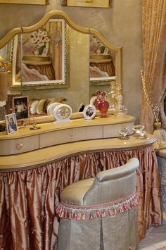 The dressing table..the embodiment of french femininity.A must in every french boudoir weather it be country french or classic french