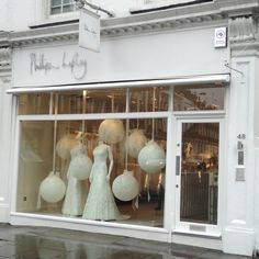 Be Wholehearted: Bridal Visual Merchandising in London