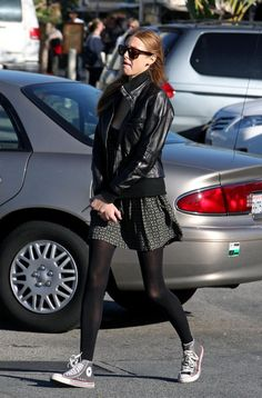 Whitney Port headed to the Farmer's Market in gray high top Converse, which she paired with black opaque tights.