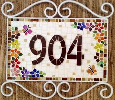 Trabalhos em Mosaico: Numero Residencial em Mosaico Mosaic Wall, Mosaic Glass, Mosaic Tiles, Tile Crafts, Dyi Crafts, Mosaic Projects, Stained Glass Projects, Mosaic Patio Table, Commercial Signs