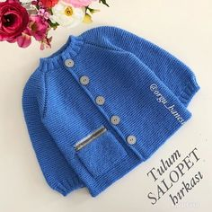 Knit Baby Suits With Their Own – Diy Crafts – maallure Baby Boy Sweater, Knitted Baby Cardigan, Knitted Booties, Hand Knitted Sweaters, Knitted Hats, Baby Booties Free Pattern, Baby Sweater Patterns, Baby Hat Knitting Pattern, Baby Pullover Muster