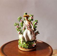 Kay Lewis - figurine Small Figurines, Miniature Figurines, Man And Dog, Dollhouse Miniatures, Sheep, Artisan, Drink, Lady, Ethnic Recipes