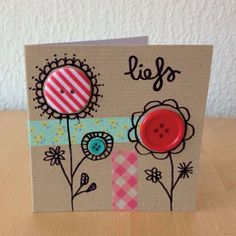 Button card idea from Snailmail Magazine. Cute Cards, Diy Cards, Tarjetas Diy, Karten Diy, Button Cards, Ideias Diy, Paper Cards, Creative Cards, Flower Cards