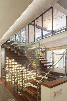 #Stairs #Balustrades #Interior #Design #Architect #Inspiration #Lighting