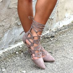 Head over Heels - Pointed Toe Lace Up Cut Out Detail Flats Cute Flats, Cute Shoes, Me Too Shoes, Walk In My Shoes, New Shoes, Flat Shoes, Daily Shoes, Prom Shoes, Trendy Shoes