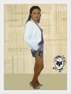 Novidade no Mania de Sophia: Blazer Branco. Peça que enriquece qualquer look!