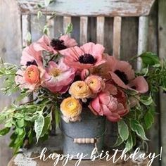55 Ideas For Garden Wedding Simple Floral Arrangements Rustic Flower Arrangements, Rustic Flowers, Spring Flower Bouquet, Spring Flowers, Colorful Flowers, Beautiful Flowers, Happy Birthday, Birthday Wishes, Rustic Bouquet