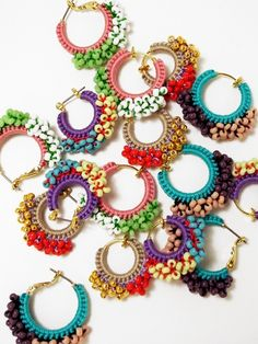 jp img 09 pc y o f yofi-drawing Pin was discovered by emmFun trendy and elegant crochet earrings – Artofit Crochet Jewelry Patterns, Crochet Earrings Pattern, Crochet Accessories, Textile Jewelry, Fabric Jewelry, Beaded Jewelry, Jewellery, Crochet Diy, Bead Crochet
