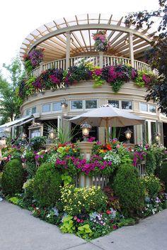 Floral facade, wow