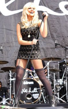 Pixie Lott my absolute favorite singer in the world love her