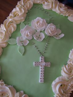 Cake Decorations, Yummy Cakes, Communion, Cake Ideas, Food And Drink, Birthday, Cute, Pastries, Birthdays