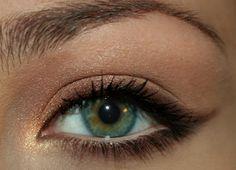 Hey Cute - Por Karla Lopes.: 5 coisas: Maquiagens para usar no trabalho