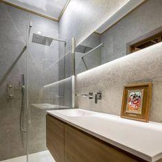 Esthétique, unique, économique, qualité.... Sont les nombreux points que votre robinetterie doit respecter ! Tot's Design est là pour vous apporter tous ces éléments de qualité ! 🚿 #bathroom #bathroomdesign #salledebain #douche #wc #marble #vasque #meubles #modern #modernhouse #wood #moderdesign #moderndeco #decor #deco #decoration #home #house #decohouse #homedeco #decohome #instadecor #instahome #instapic #lifestyle ##iggang_ #planeteig05 #homestyle #decoaddict #jomedecor Deco House, Deco Addict, Wall Mount Faucet, Budget Bathroom, Home And Deco, Decoration, Bathtub, Contemporary, Design
