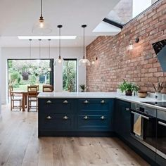 20 Open plan kitchen extension with industrial touches ~ Home Design Examples Home Decor Kitchen, Kitchen Living, Kitchen Interior, New Kitchen, Home Kitchens, Brick Wall In Kitchen, Exposed Brick Kitchen, Brick Interior, Kitchens With Brick Walls