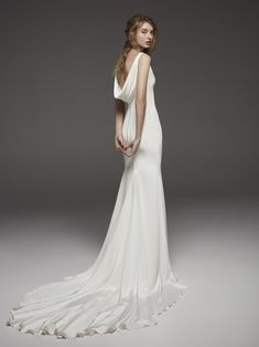 Atelier Pronovias Letizia silk crepe fit and flare wedding gown with a V-neckline and draped V-back adorned with buttons down the back. Cowl Back Wedding Dress, Elegant Wedding Dress, Perfect Wedding Dress, Elegant Dresses, Bridal Party Dresses, Bridal Gowns, Wedding Gowns, Provonias Wedding Dress, Pronovias Bridal