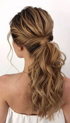 Cute Ponytail Hairstyles, Cute Ponytails, Twist Ponytail, High Ponytails, Trendy Hairstyles, Formal Ponytail, Ponytail Easy, Ponytail Hairstyles For Prom, Low Pony Hairstyles
