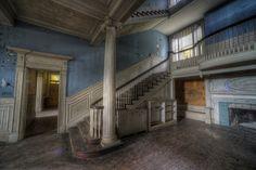 selma plantation leesburg va for sale Old Mansions, Abandoned Mansions, Abandoned Buildings, Abandoned Places, Selma Mansion, Leesburg Va, Leesburg Virginia, Southern Plantations, Amazing Buildings
