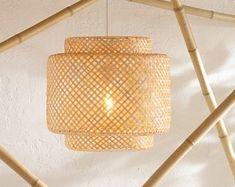 Handgemachte Rattan Lampe Wicker Lampe Boho Stil Lampenschirm | Etsy Bamboo Pendant Light, Bamboo Light, Bamboo Lamp, Rustic Pendant Lighting, Rattan Light Fixture, Pendant Light Fixtures, Pendant Lamp, Ceiling Pendant, Pendant Lights