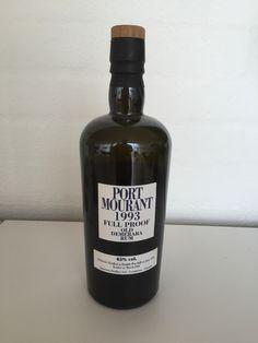 Port Mourant 1993, Full proof. En stærk ROM på 65%. Efter min smag en smule for stærk. Plejer at tynde den til den er som jeg kan lide den. Min dyrest flaske til dato.