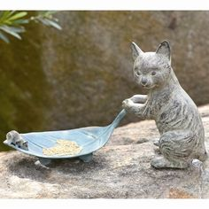 "Cat & Leaf Garden Pool Sculpture Metal Bird Feeder Statue,16.5' 'x 9""H"