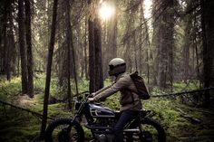 """The """"Couch Surfer"""" by Federal Moto, in the woods of Alberta, Canada. Biltwell Gringo in Flat Titanium and black Moto Goggles."""