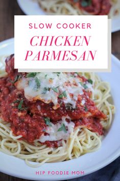 Slow Cooker Chicken Parmesan - The perfect family dinner! This easy chicken Parmesan recipe uses your slow cooker to do all of the work! Paleo Chicken Recipes, Healthy Crockpot Recipes, Slow Cooker Recipes, Easy Recipes, Crockpot Dishes, Crockpot Meals, Most Delicious Recipe, Chicken Parmesan Recipes, Healthy Slow Cooker